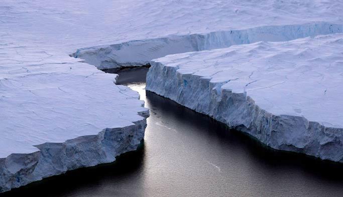 Antarktika'dan Manhattan büyüklüğünde buzdağı