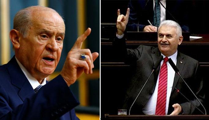 Bahçeli'den Başbakanın Bozkurt işaretine ilk yorum: Ya ne yapsaydı?