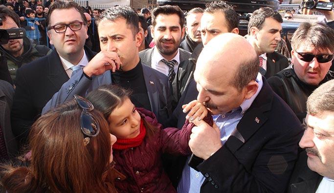 Bakan Soylu, Diyarbakır'da esnafı ziyaret etti