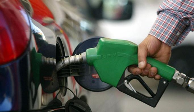 Benzin fiyatlarına 15 kuruşluk indirim