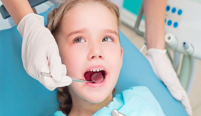 Çocuk ağız ve diş bakımında annelere öneriler