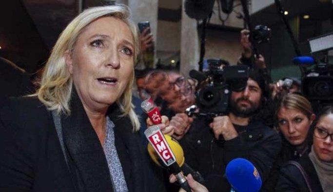 Fransızların yüzde 54'ü Le Pen'den endişeli
