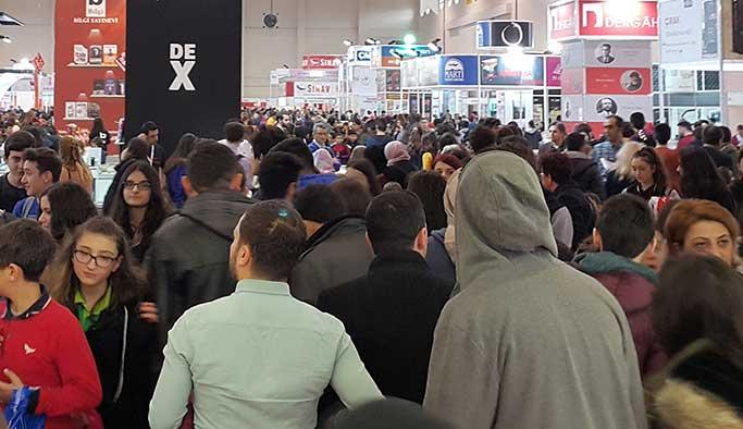 Karadeniz Kitap Fuarı'nı 139 bin kişi ziyaret etti