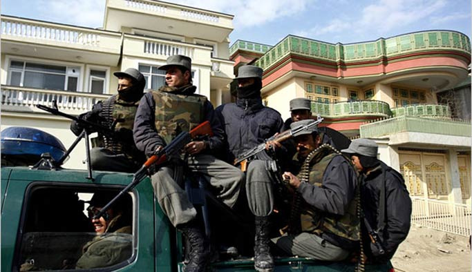 Raşid Dostum'un evi kuşatma altına alındı