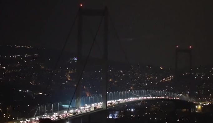 15 Temmuz Şehitler Köprüsü karartıldı