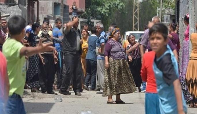 Adana'da taşlı sopalı kavga: 7 yaralı
