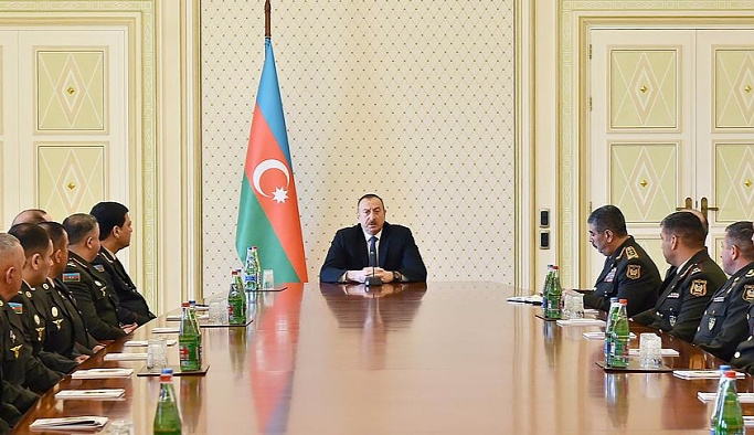 Azerbaycan tahrip gücü yüksek silahlar alıyor