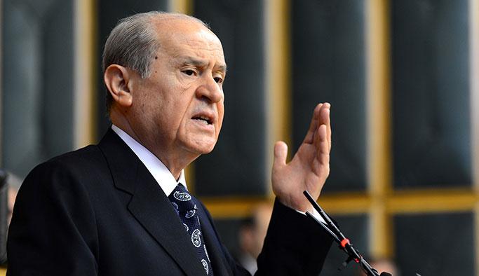 Bahçeli'den Başbakan ve CHP'ye Barzani tepkisi