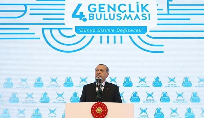 Cumhurbaşkanı Erdoğan'dan gençler tarihi mesajlar