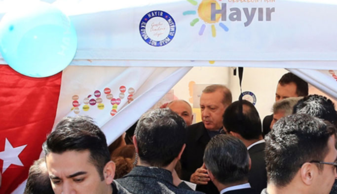 Cumhurbaşkanı Erdoğan CHP'nin 'Hayır' çadırında