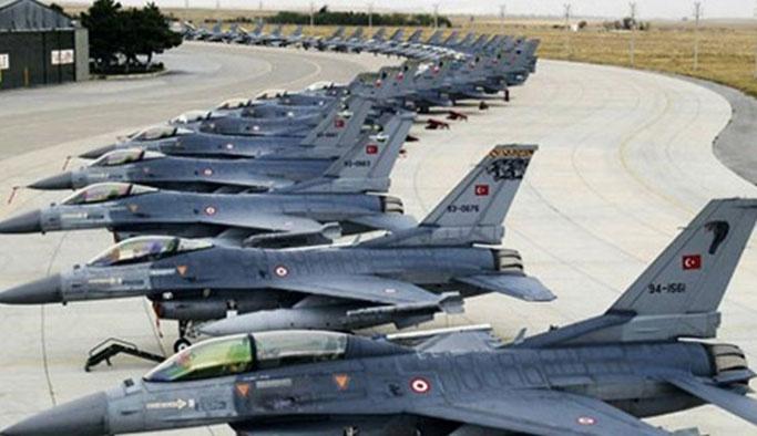 Darbeciler Diyarbakır'daki savaş uçaklarını kaçırmış