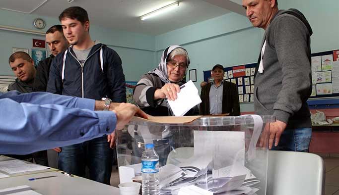 Bulgaristan seçimlerinde Türkler bölündü, temsiliyet azaldı