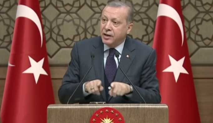 Erdoğan, İslam aleminin kandilini 7 dilde kutladı