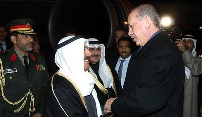 Erdoğan, Kuveyt emirini havalimanında karşıladı