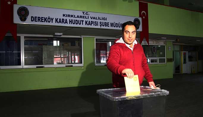 Gurbetçilerden referanduma ilk gün rekor katılım