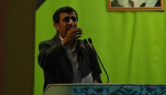 İran siyasetinde Ahmedinejad bombası