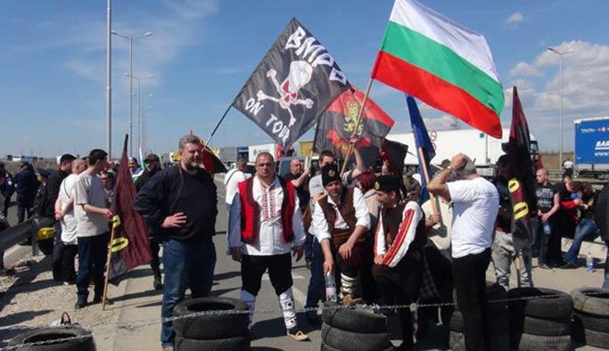 Irkçı Bulgarlar sınırda Türklere karşı eylem yaptı