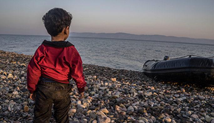 İtalya 'refekatsiz göçmen çocukları' sınırdışı etmeyecek
