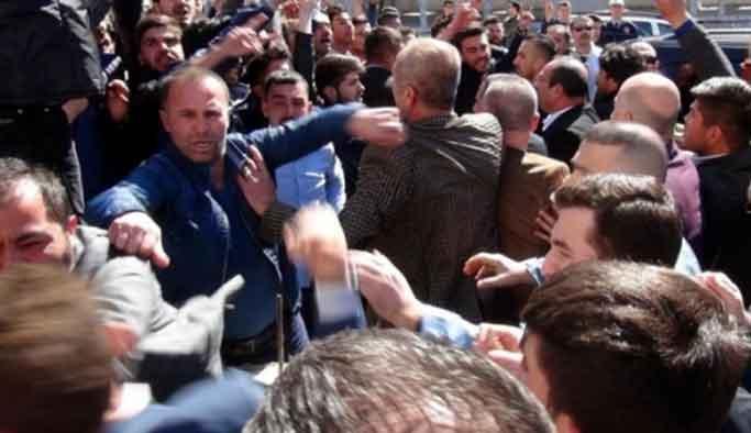MHP'lilerden Sinan Oğan'a protesto