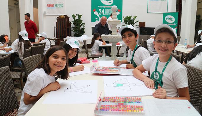Pınar, çocuklar için 6 ilde Resim Atölyesi kuruyor