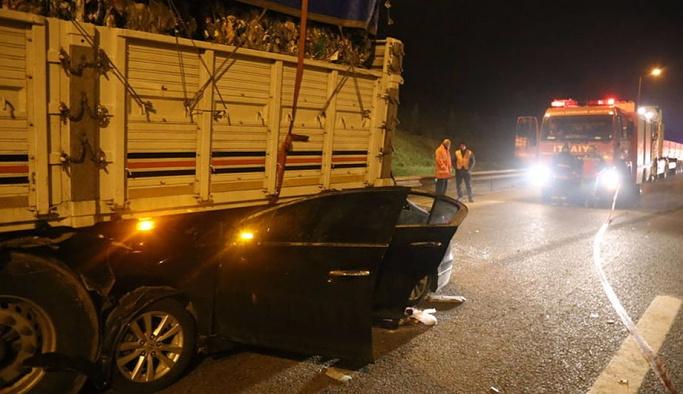 Sakarya'da feci kaza: Ölü ve yaralılar var