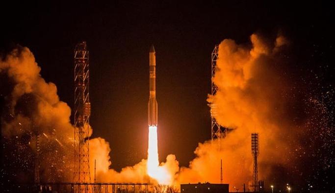 SpaceX ilk kez uzaya 'kullanılmış roket' fırlattı