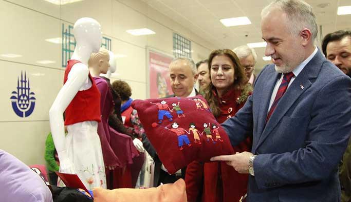 Suriyeli kadınlar el emeği göz nuru Yenikapı'da