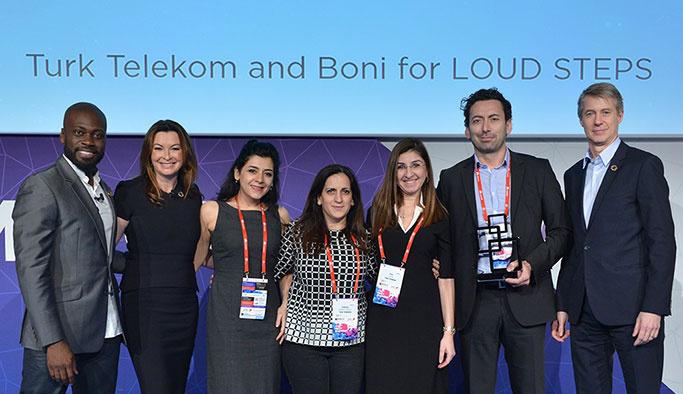 Türk Telekom'un 'Sesli Adımlar'ı Barcelona'dan duyuldu