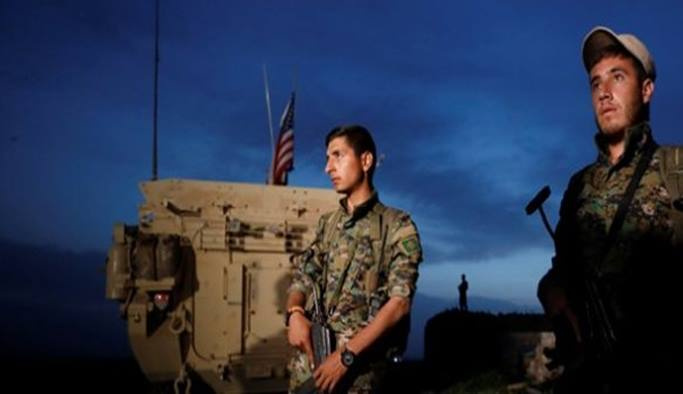 ABD askerleri teröristlerle nöbet tutuyor