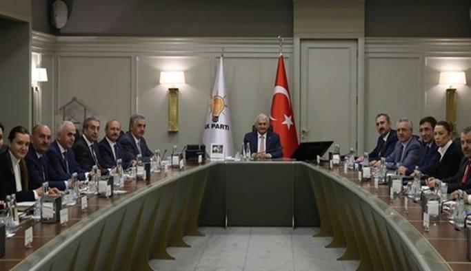 AK Parti 1 Mayıs'ta toplanıyor
