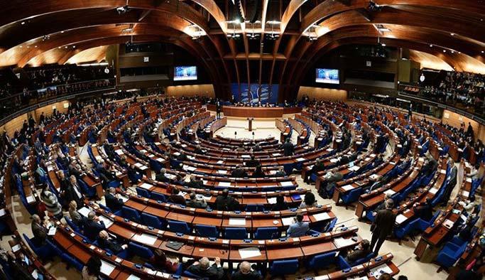 AKPM Türkiye'yi terör örgütlerine tercih etti