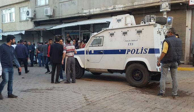 Diyarbakır'da İki aile arasında silahlı kavga, ölüler var