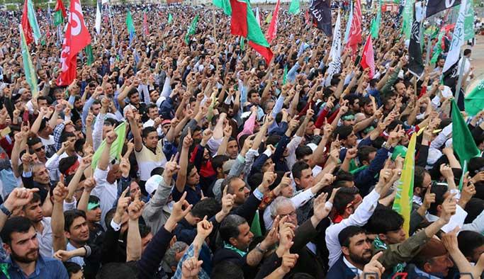 Diyarbakır'da on binlerce Peygamber aşığı bir araya geldi
