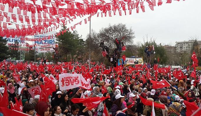 Erdoğan Diyarbakır'da: Elinde silah olmayanla her şeyi konuşabiliriz
