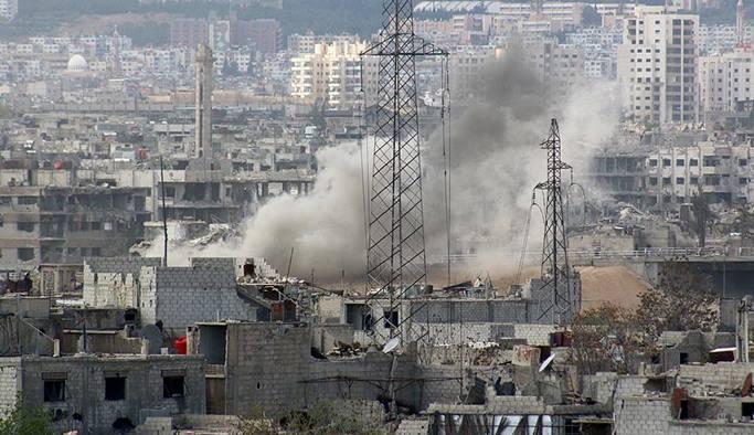 Esed rejimi İdlib'te bir hastaneyi vurdu