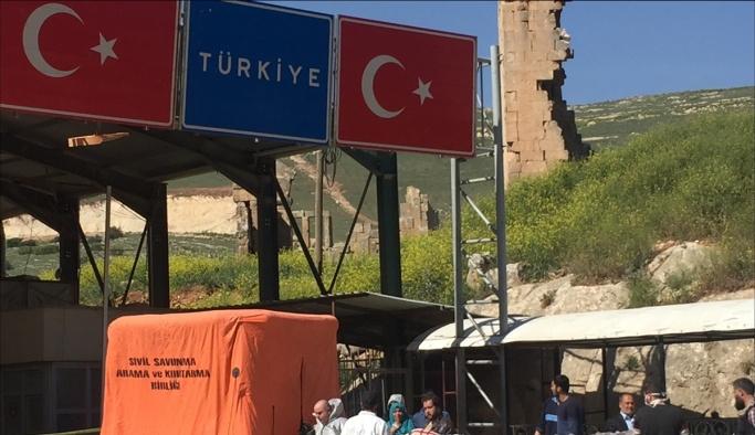 İdlib'deki yaralılar Türkiye'ye getiriliyor