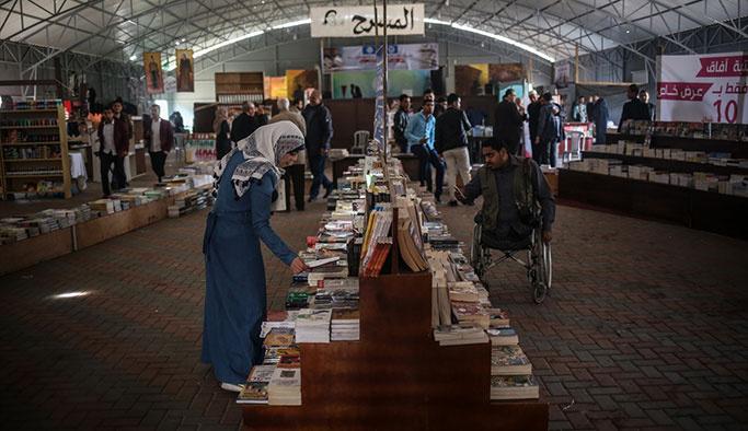 Gazze'de 4 yıl aradan sonra kitap fuarı açıldı