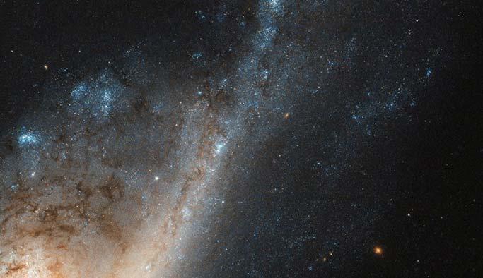 Hubble'dan 'yıldız yağmuru' keşfi