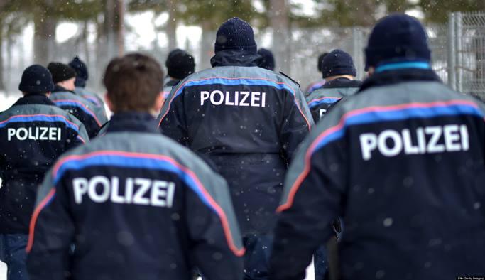 İsviçre'de Türk kökenli polis 'ajanlık' suçlamasıyla tutuklandı