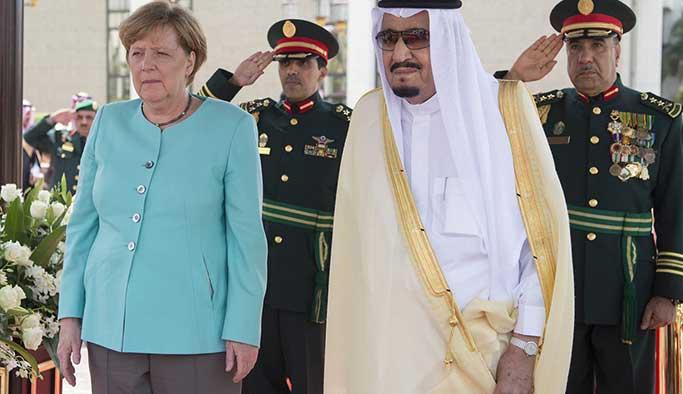 Merkel, Suudi Arabistan'da