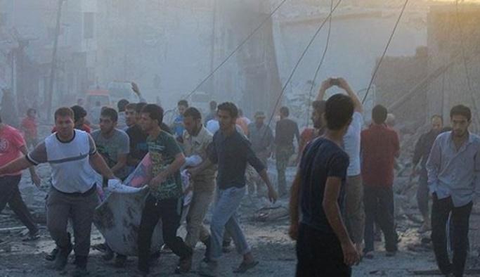 Şam'da rejimin düzenlediği hava saldırısında 32 sivil öldü