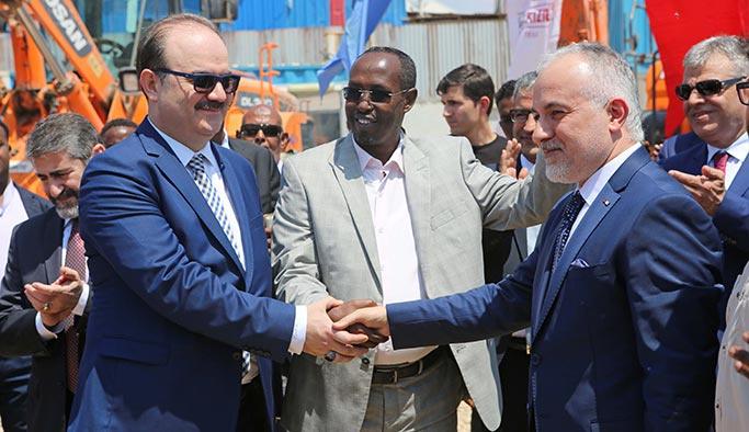 Somali'nin yeniden inşası içinKızılay'dan büyük katkı