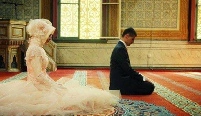 Türkiye'de üniversiteli erkeklerin kadına bakış açısı 'gelenekçi'
