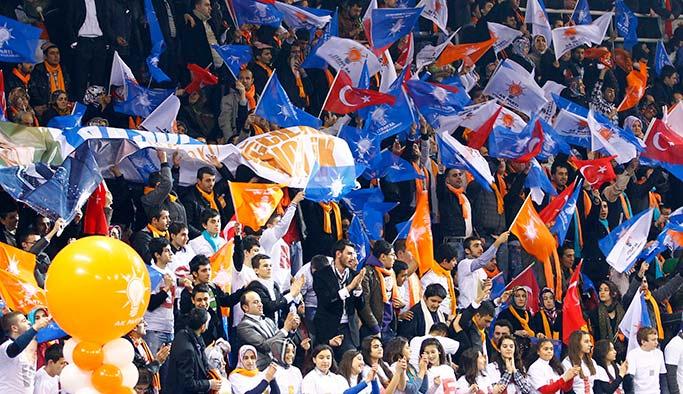AK Parti'den 300 FETÖ ihracı