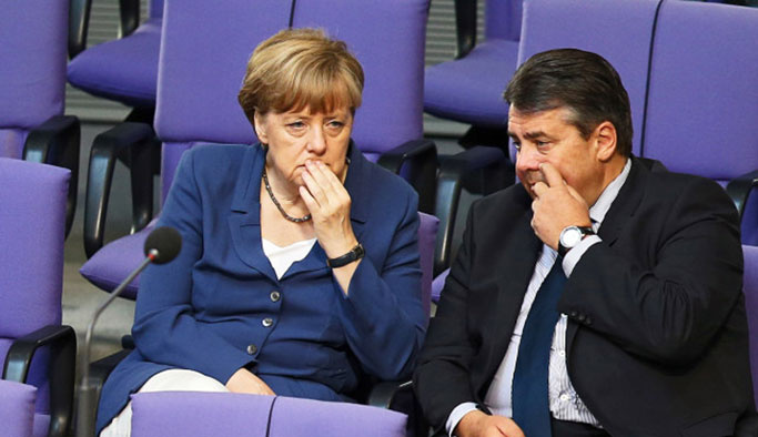 Almanya: Türkiye vekillerimize giriş yasağı uyguluyor