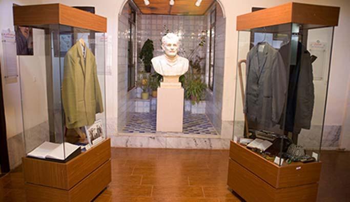 İran, Kürt şairin evini 'önemli müze' ilan etti