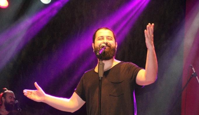 Koray Avcı, Hatay'da konser verdi