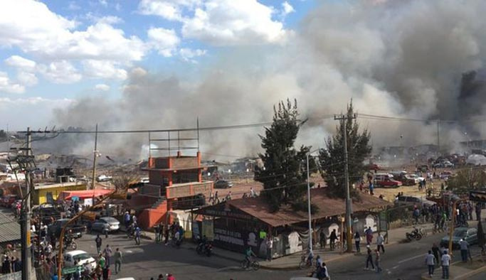 Meksika'da havai fişek deposu havaya uçtu