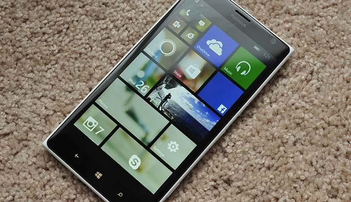 Microsoft, akıllı telefon pazarında havlu attı