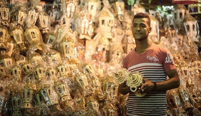Mısır'da ramazan ayının simgesi: Ramazan fenerleri